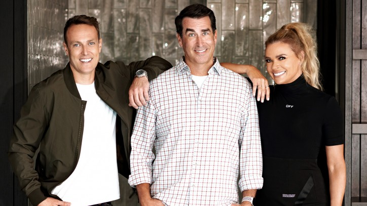 Hosts announced to join Greg Norman and Rob Riggle on the HOLEY MOLEY fairway